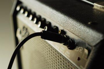 Como escolher o melhor amplificador de guitarra elétrica?