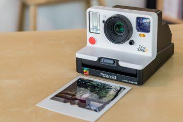 Como tirar fotos com uma Polaroid facilmente?