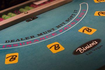Aplicações para jogar blackjack, cassino e poker online