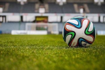 Os melhores aplicativos para assistir futebol do celular