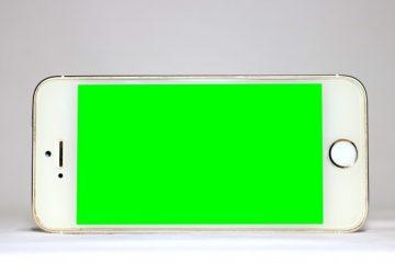 A tela do meu celular está verde Como corrigi-lo?