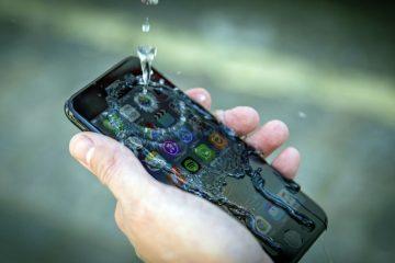 Como proteger meu telefone celular da água?