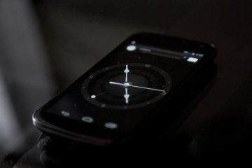 AlarmPad, o alarme que lê a hora e os eventos em voz alta
