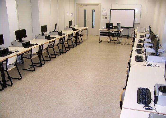 Sala de aula de computador