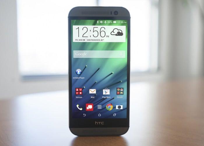 Experimente o HTC BlinkFeed no seu Android