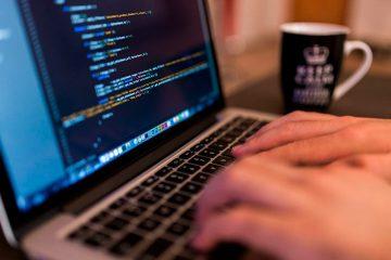 Cursos de programação online em Java, PHP, Python e C # com a Udemy