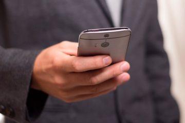 Silencie seu dispositivo Android automaticamente quando colocado em uma posição